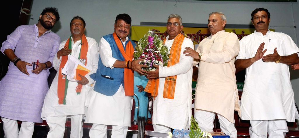 Union M inister Babul Supriyo with BJP leaders Mukul Roy, Kailash Vijayvargiya, Dilip Ghosh and Rahul Sinha at a party meeting in Kolkata, on June 4, 2019. - Mukul Roy, Dilip Ghosh and Rahul Sinha