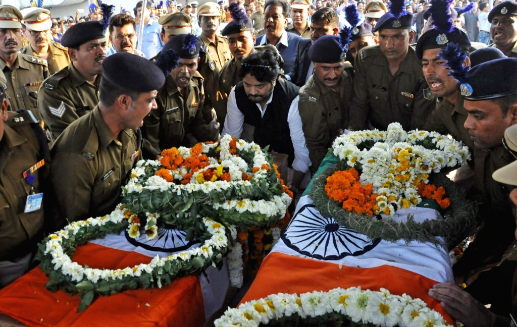 Union Minister Babul Supriyo carries the coffin of one of the two martyrs from West Bengal, who died in 14 Feb Pulwama militant attack along with 47 other CRPF men, at Netaji Subhas Chandra ... - Babul Supriyo