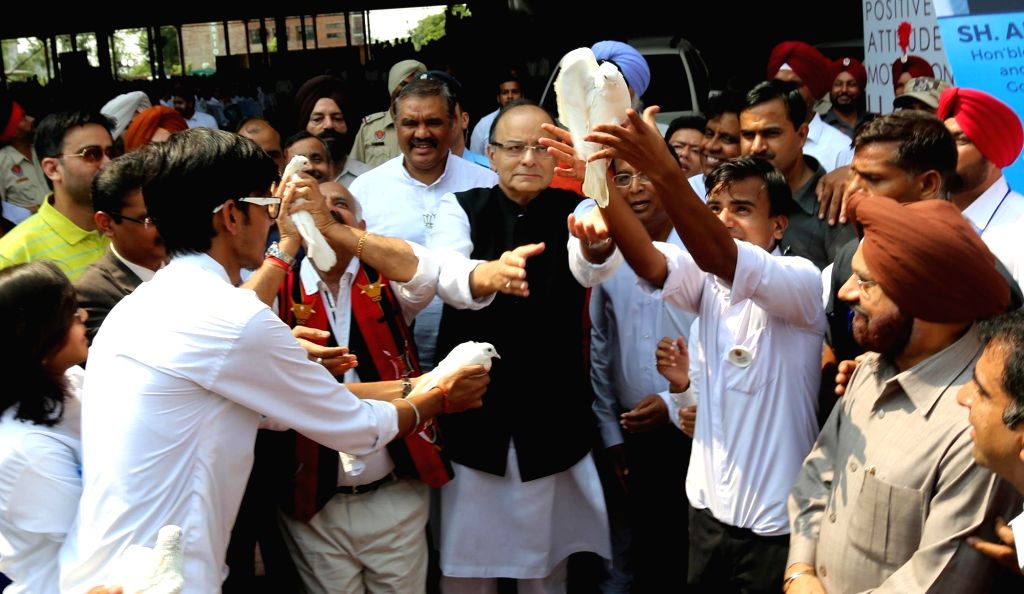 Union Minister for Finance and Corporate Affairs Arun Jaitley during inauguration of Start-up School at a Jalandhar University  on Sept 18, 2016. - Affairs Arun Jaitley