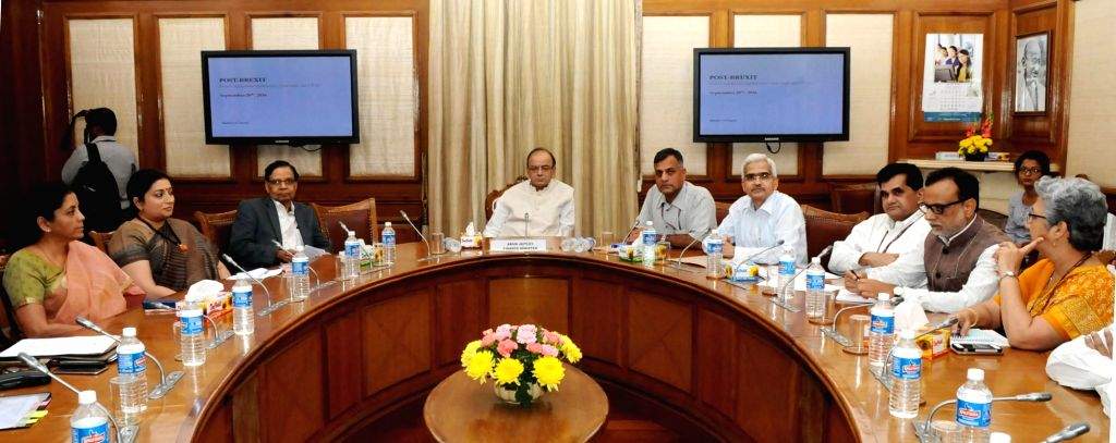 Union Minister for Finance and Corporate Affairs Arun Jaitley chairs a meeting on the 'Preliminary Findings on Employment & other Impacts of Free Trade Agreements' in New Delhi on Sept ... - Affairs Arun Jaitley