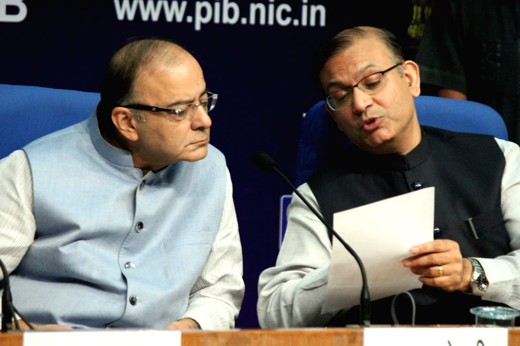Union Minister for Finance, Corporate Affairs, and Information and Broadcasting Arun Jaitley and MoS Jayant Sinha during a press conference in New Delhi, on Aug 14, 2015.