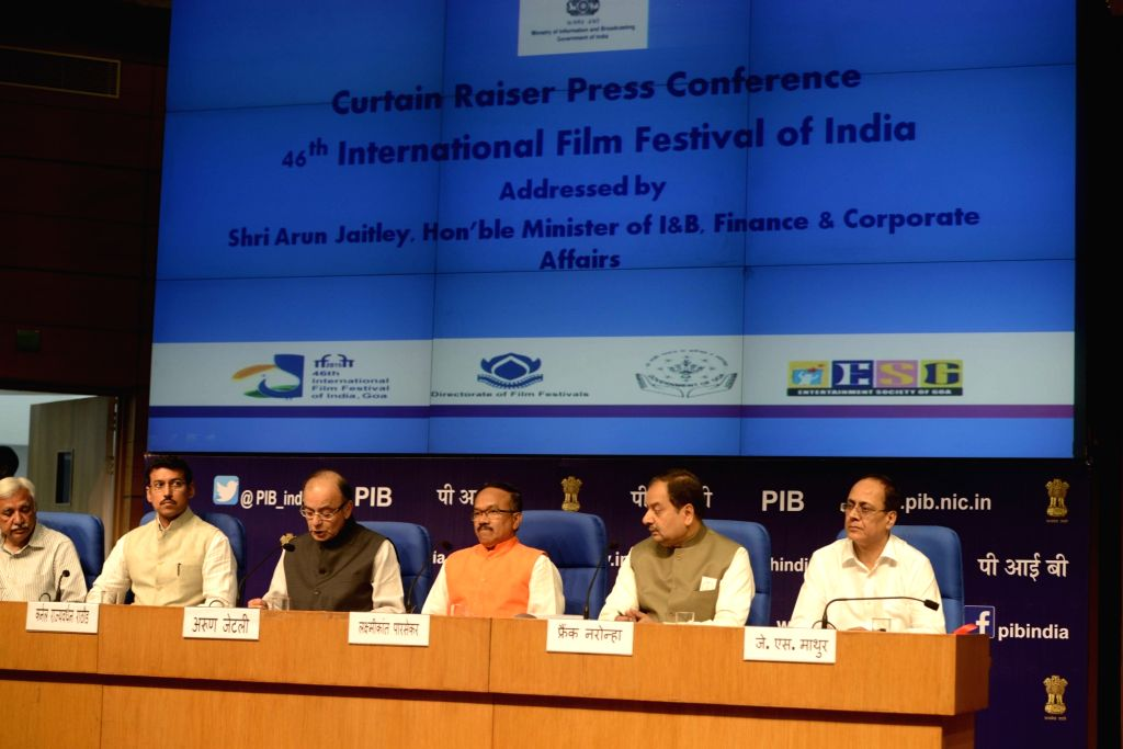 Union Minister for Finance, Corporate Affairs, and Information and Broadcasting Arun Jaitley, Union MoS  Information and Broadcasting Rajyavardhan Rathore and Goa Chief Minister Laxmikant Parsekar ... - Laxmikant Parsekar and Arun Jaitley