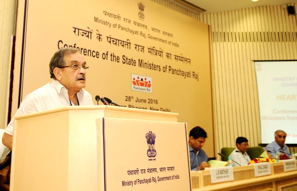 Union Minister for Rural Development, Panchayati Raj, Drinking Water and Sanitation, Chaudhary Birender Singh addresses at the National Conference of the State Panchayati Raj Ministers, in ... - Chaudhary Birender Singh