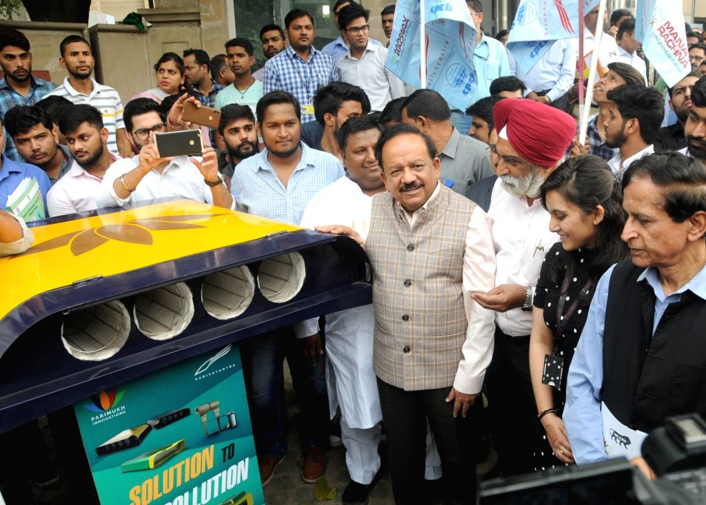 Union Minister for Science & Technology, Earth Sciences and Environment, Forest & Climate Change, Dr. Harsh Vardhan at the launch of the Delhi Clean Air Campaign, in New Delhi on ...