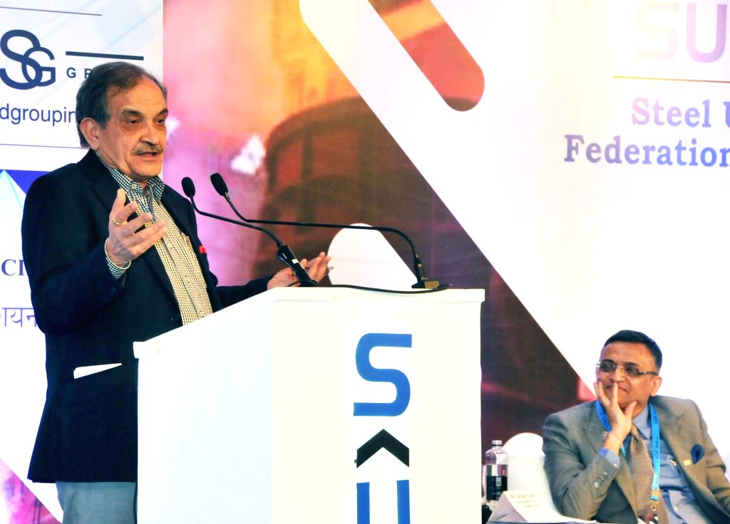 Union Minister for Steel Chaudhary Birender Singh addresses at the SUFI (Steel Users Federation of India) award function, in Mumbai on Dec 10, 2018. - Chaudhary Birender Singh