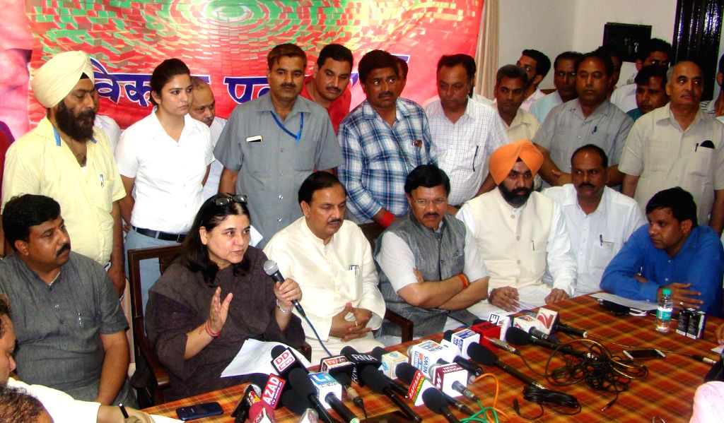 Union Minister for Women and Child Development Maneka Gandhi and Union  Minister of State for Culture Dr. Mahesh Sharma during a press conference, in Patiala on May 31, 2016. - Development Maneka Gandhi and Mahesh Sharma