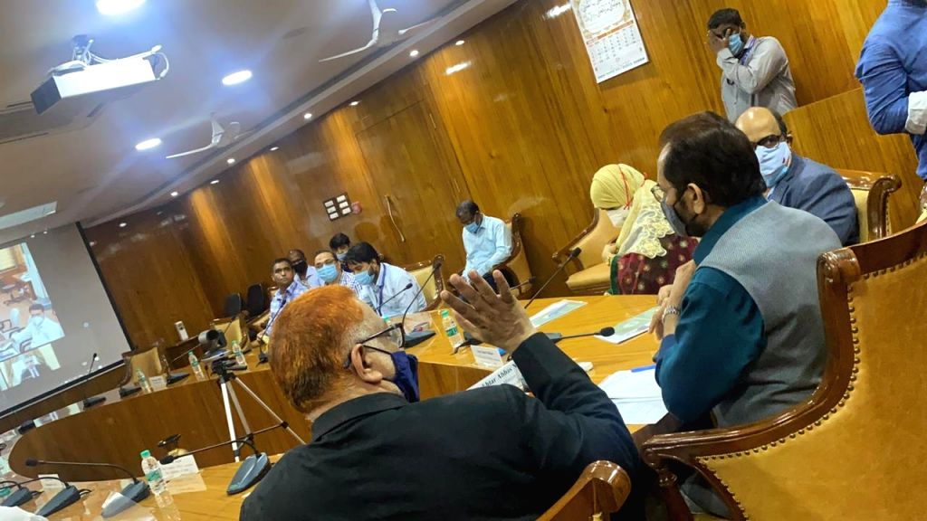 Union Minister Naqvi review meeting regarding Haj 2021, also emphasized on campaigning on vaccination. - Naqvi