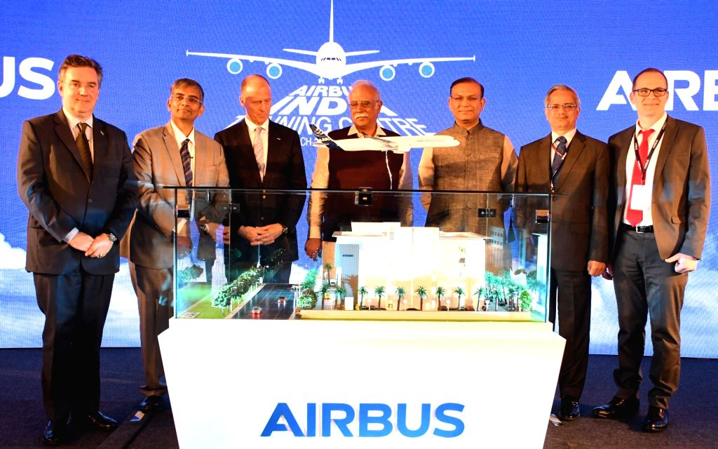 Union Minister of Civil Aviation P Ashok Gajapathi Raju, Minister of State for Civil Aviation Jayant Sinha, Airbus CEO Tom Enders, Airbus in India Commercial Aircraft President Srinivasan ... - Aviation Jayant Sinha