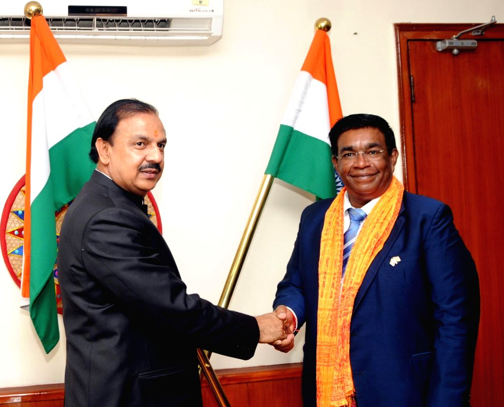 Union Minister of Social Integration and Economic Empowerment & Arts and Culture of Mauritius, Prithvirajsing Roopun calls on Union Culture Minister Dr. Mahesh Sharma, in New Delhi on ... - D and Mahesh Sharma