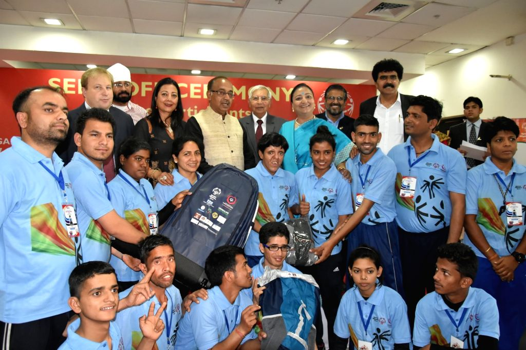 Union Minister of State for Youth Affairs and Sports (I/C), Water Resources, River Development and Ganga Rejuvenation Vijay Goel at the send-off ceremony for the team of Special Olympics ...