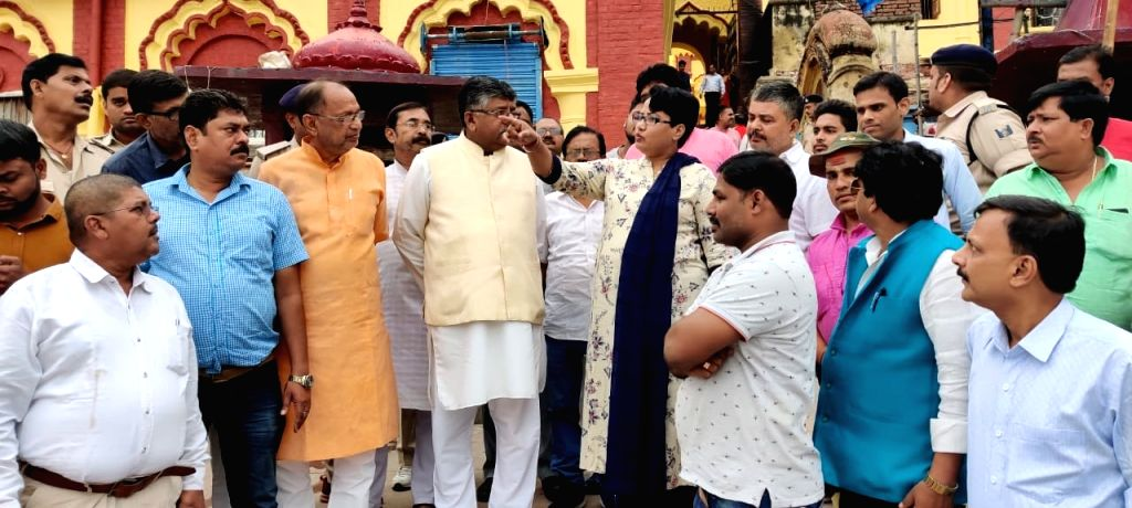 Union Minister Ravi Shankar Prasad reviews preparations for Chhath Puja during his visit to one of the Ganga ghats in Patna on Oct 25, 2019. - Ravi Shankar Prasad