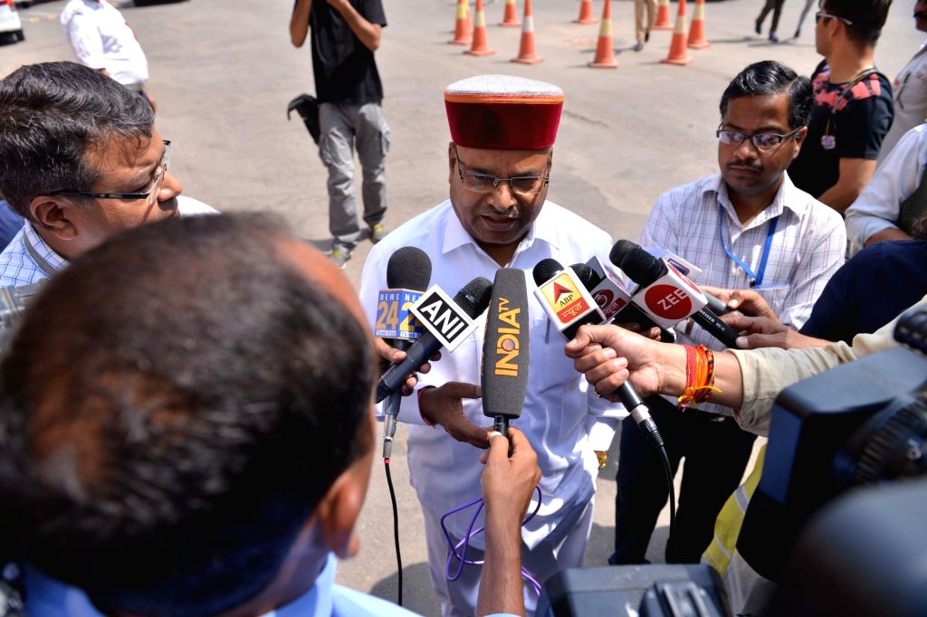 Union Minister Thawar Chand Gehlot talks to press at Parliament in New Delhi on April 2, 2018. - Thawar Chand Gehlot