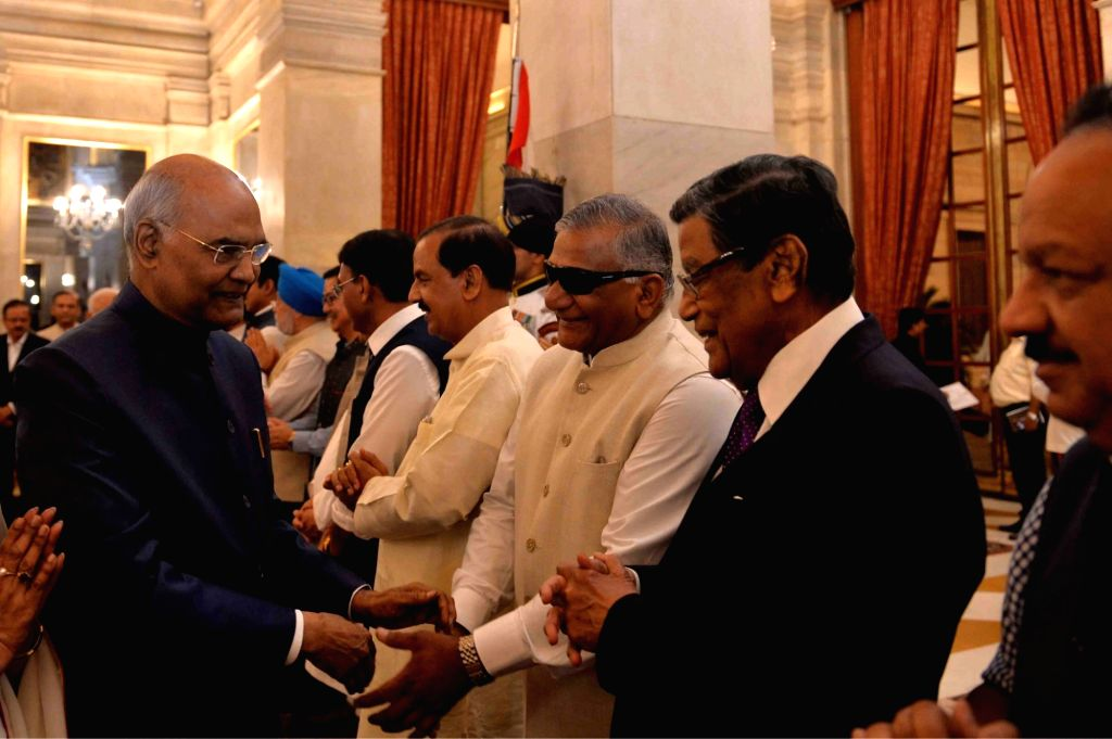 Union Ministers Mahesh Sharma, Gen. (Retd.) V.K. Singh and Harsh Vardhan greet President Ram Nath Kovind during a banquet hosted by the latter for the outgoing Union Council of Ministers ... - Narendra Modi, Ministers Mahesh Sharma, Gen, K. Singh and Nath Kovind