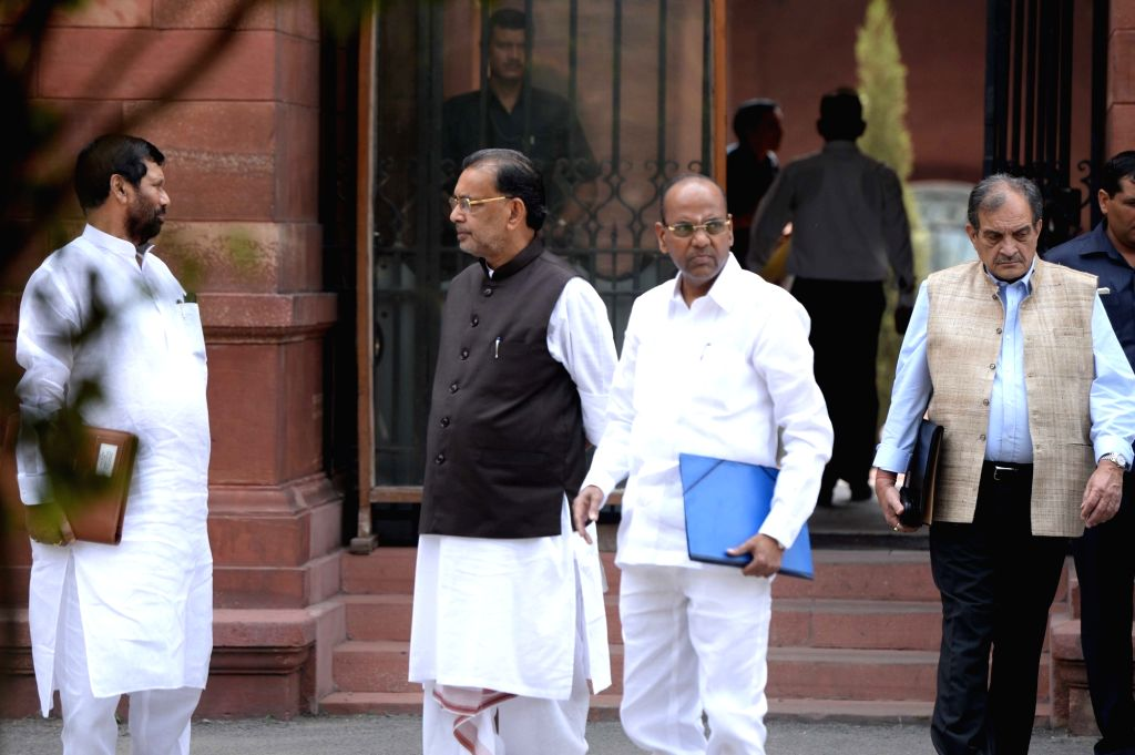 Union Ministers Ram Vilas Paswan, Radha Mohan Singh, Thawar Chand Gehlot come out after Cabinet Meeting at South Block in New Delhi on Sept 28, 2016. - Ram Vilas Paswan, Radha Mohan Singh and Thawar Chand Gehlot