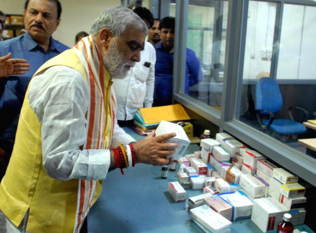 Union MoS Health and Family Welfare Ashwini Kumar Choubey during his visit to the Santhnagar ESI hospital where he inspected hospital's Medicine Godown, in Hyderabad on Sep 28, 2019.
