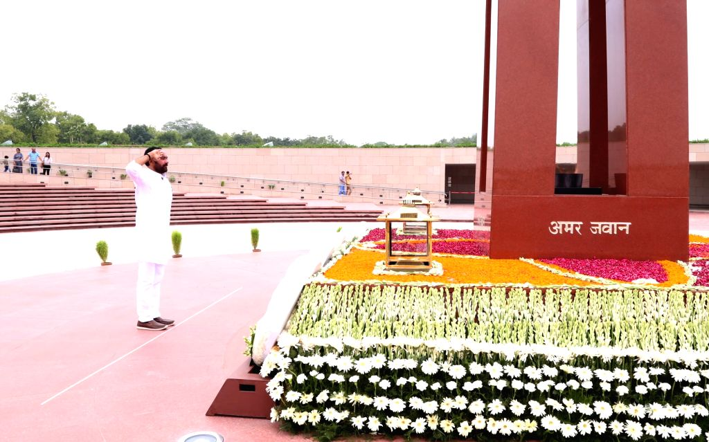 Union MoS Home Affairs G. Kishan Reddy pays tributes to martyrs at the National War Memorial on the occasion of the 20th anniversary of Kargil Vijay Diwas, in New Delhi on July 26, 2019.