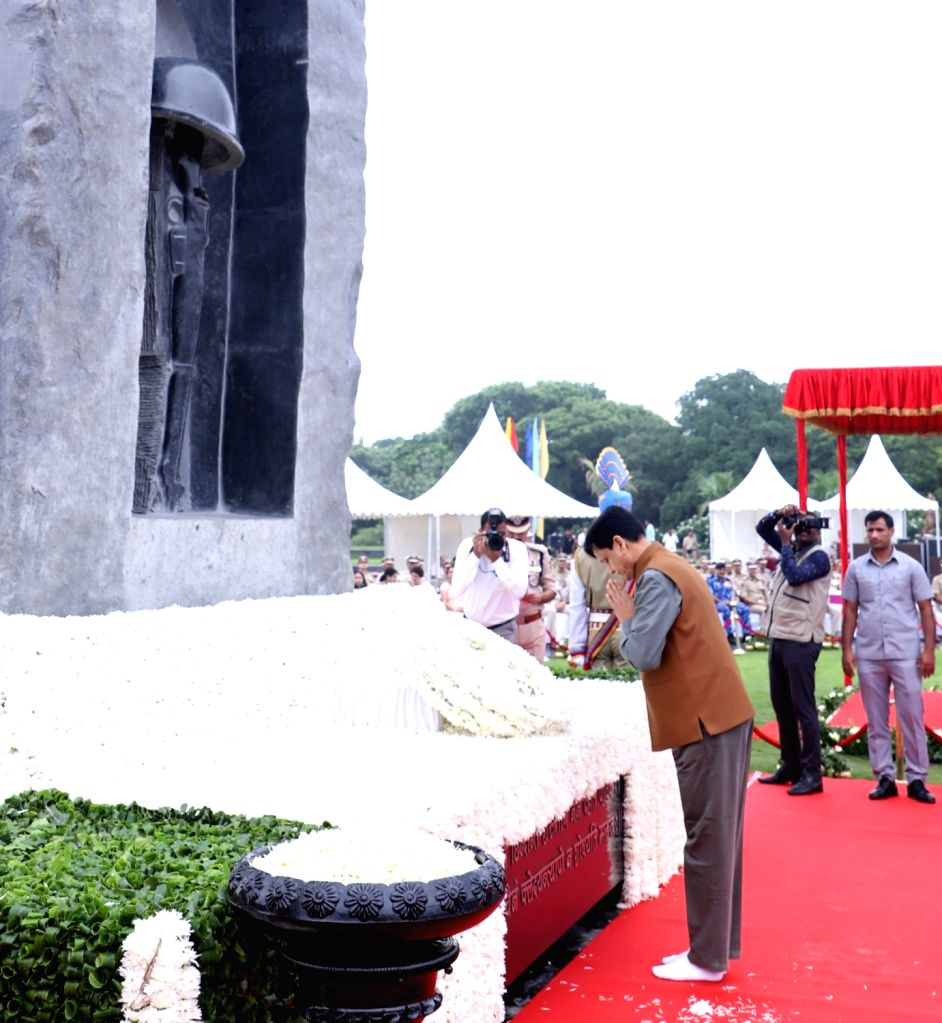 Union MoS Home Affairs Nityanand Rai pays homage to martyrs at the National Police Memorial on the occasion of the 81st Raising Day of the CRPF, in New Delhi on July 27, 2019. - Affairs Nityanand Rai