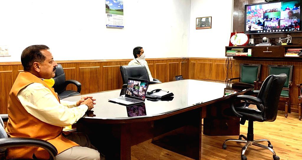 Union MoS North Eastern Region (I/C), Prime Minister???s Office, Personnel, Public Grievances & Pensions, Atomic Energy and Space, Jitendra Singh interacts with the various Self Help ... - Jitendra Singh