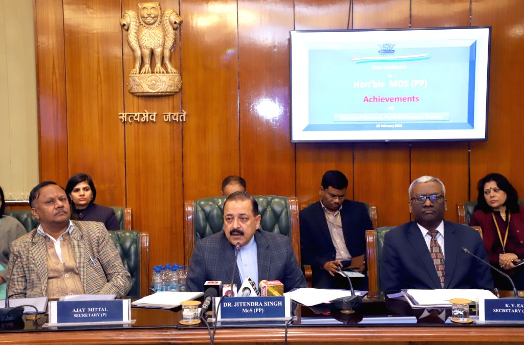 Union MoS Personnel, Public Grievances and Pensions Jitendra Singh along with DoPT Secretary Ajay Mittal and DARPG and Pension and Pensioners' Welfare Secretary K.V. Eapen, addresses a ... - Jitendra Singh
