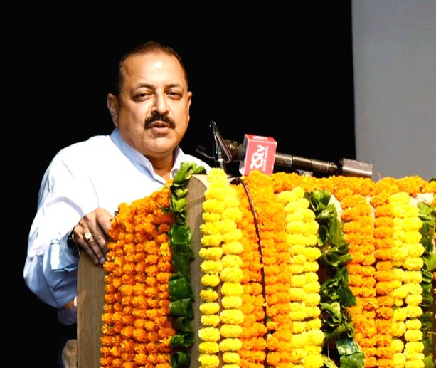 Union MoS PMO Jitendra Singh addresses the IAS Officers of 2016 batch posted as Assistant Secretaries in Government of India at Civil Services Officers' Institute, in New Delhi on July ... - Jitendra Singh