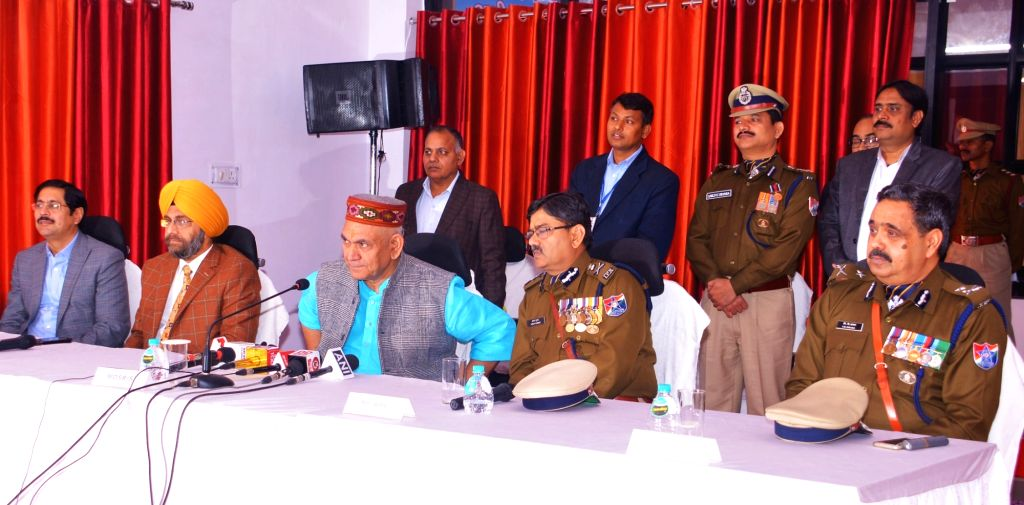 Union MoS Railways Manoj Sinha addresses a press conference on the sidelines of Railway Protection Force Investiture Parade 2019, in New Delhi, on Feb 22, 2019. Also seen Railway ... - Manoj Sinha and Arun Kumar