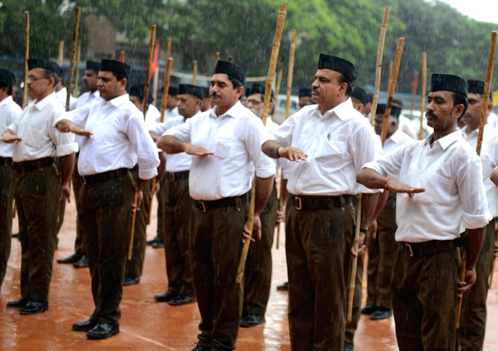 Union MoS Skill Development and Entrepreneurship Ananth Kumar along with RSS activists participates in a Path Sanchalan march in Bengaluru on Sept 17, 2017. - Ananth Kumar
