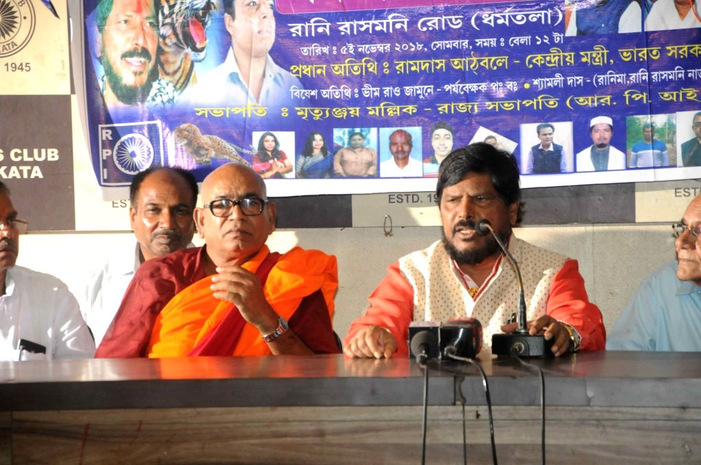 Union MoS Social Justice and Empowerment Ramdas Athawale addresses a press conference in Kolkata on Nov 5, 2018.