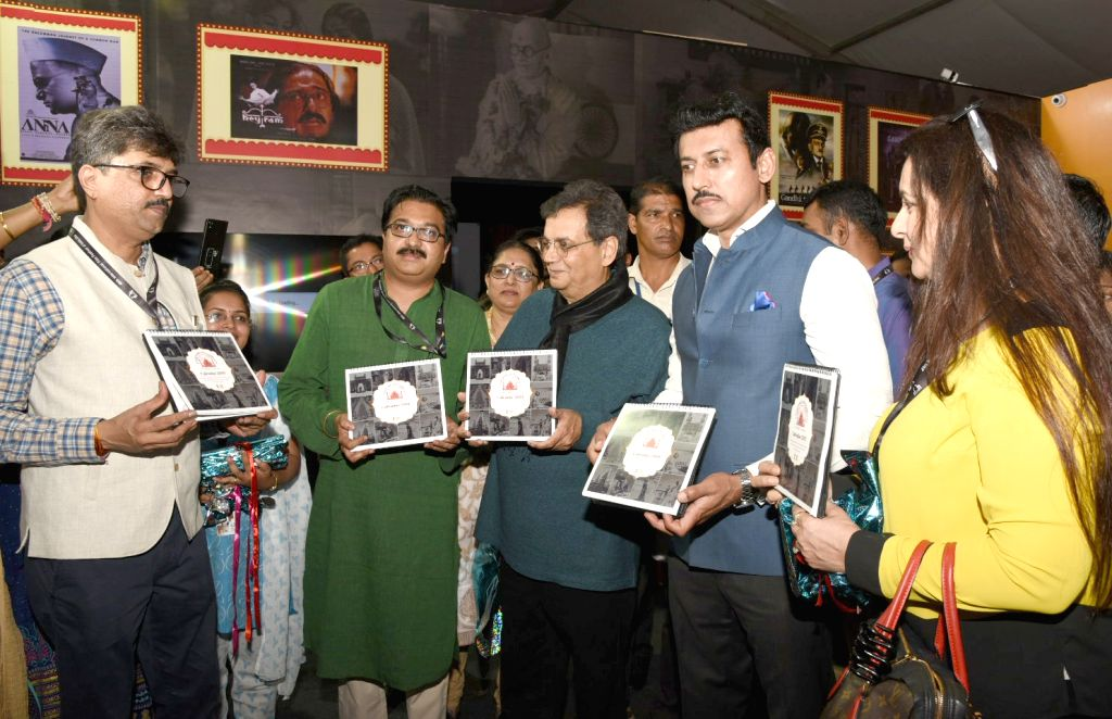Union MoS Youth Affairs and Sports and Information and Broadcasting Rajyavardhan Singh Rathore, filmmaker Subhash Ghai and actress Poonam Dhillon visit 'Mahatma on Celluloid' - a multimedia ... - Poonam Dhillon and Rajyavardhan Singh Rathore