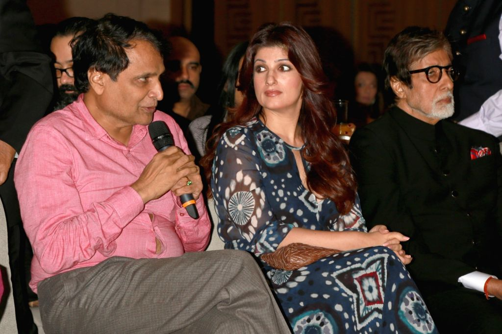 "Union Railway Minister Suresh Prabhu, Twinkle Khanna and actor Amitabh Bachchan at the ""Lloyd Outlook Social Media Awards"" ceremony in New Delhi on Oct 5, 2016. - Suresh Prabhu, Khanna and Amitabh Bachchan"