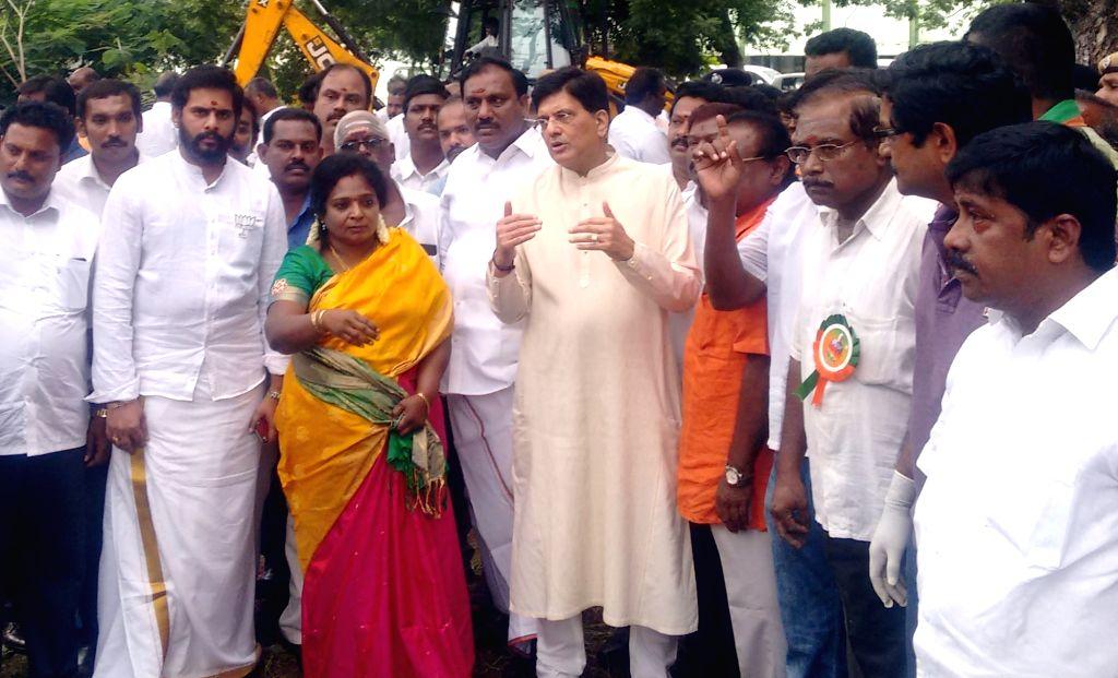 Union Railways and Coal Minister Piyush Goyal participates in a cleanliness drive at the 'Swachhta Hi Sewa' campaign in Chennai on Sept 17, 2017. - Piyush Goyal