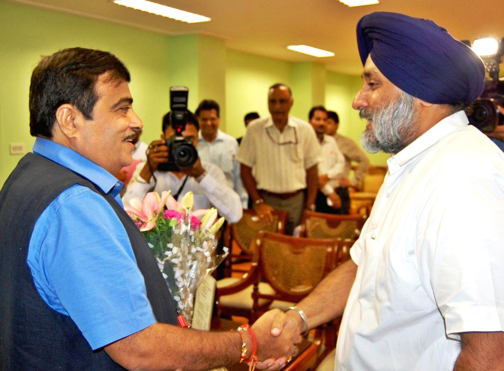 Union Road Transport, Highways and Shipping Minister Nitin Gadkari with Deputy Chief Minister Punjab Sukhbir Singh Badal in New Delhi on Aug 4, 2014. - Sukhbir Singh Badal