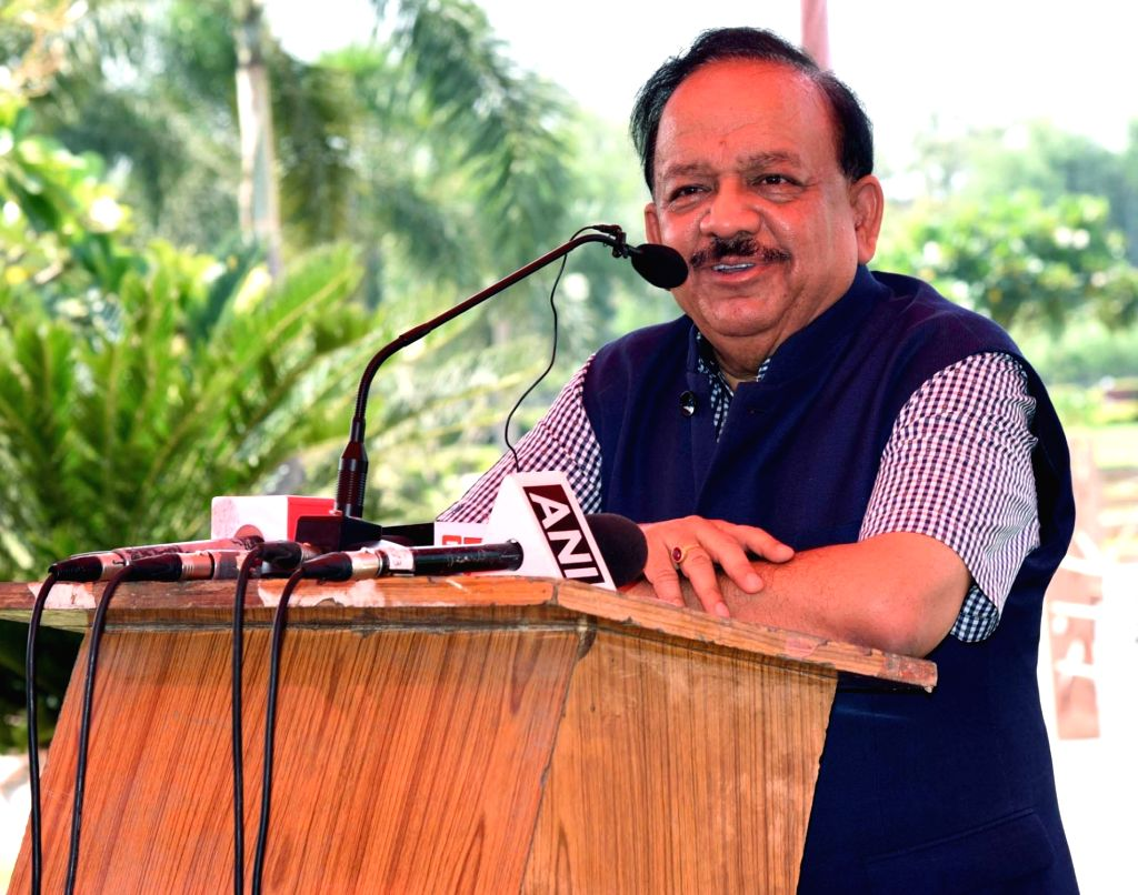 "Union Science and Technology Minister Harsh Vardhan addresses at opening ceremony of the ""Barapullah Project : Transforming a Drain into a Clean Water Tech Park"", at Sun Dial ... - Harsh Vardhan and Sarai Kale Khan"