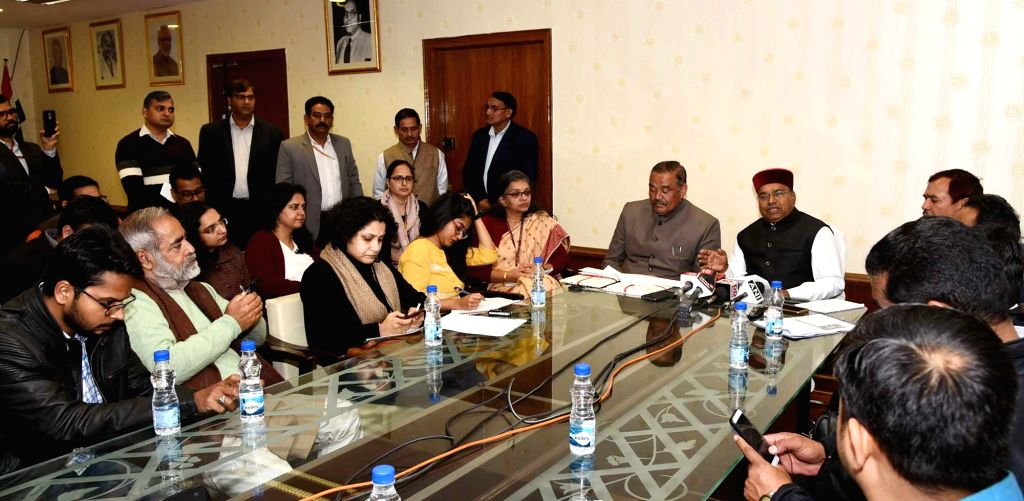 Union Social Justice and Empowerment Minister Thaawar Chand Gehlot along with Union MoS Social Justice and Empowerment Vijay Sampla addresses a press conference in New Delhi, on Feb 18, ... - Thaawar Chand Gehlot