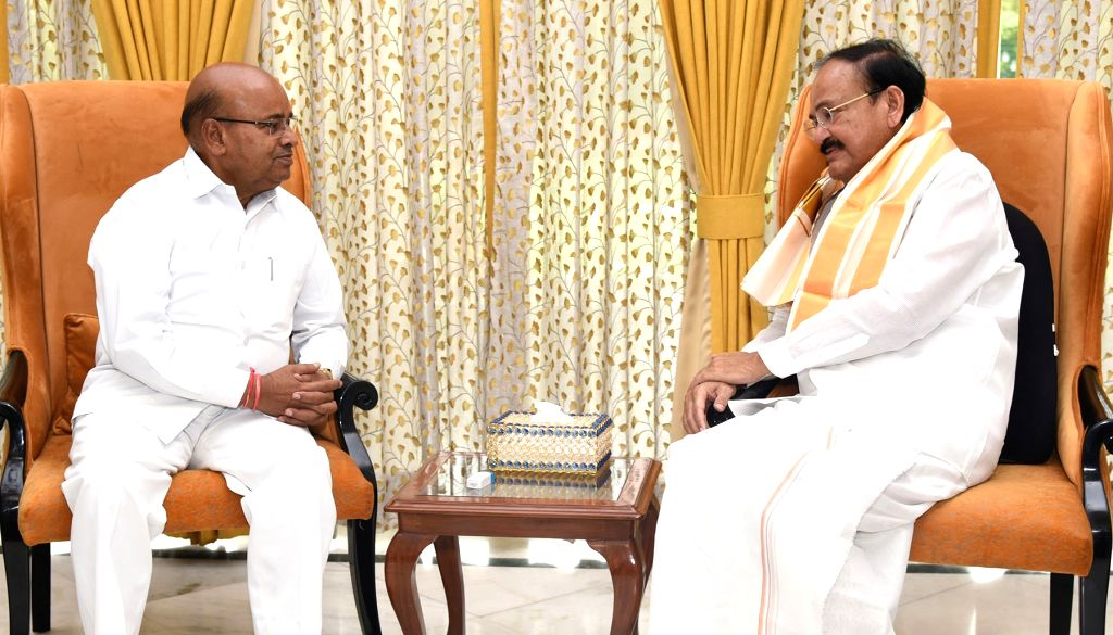 Union Social Justice and Empowerment Minister Thaawar Chand Gehlot calls on Vice President M. Venkaiah Naidu, in New Delhi on June 17, 2019. - Thaawar Chand Gehlot and M. Venkaiah Naidu