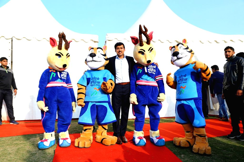 Union Sports Minister Rajyavardhan Singh Rathore during the launch of Pledge for Khelo India at the Khelo India School Games Carnival in New Delhi on Jan 28, 2018. - Rajyavardhan Singh Rathore