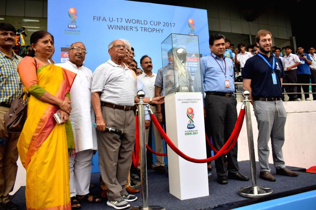 Union Sports Secretary Injeti Srinivas unveil the FIFA U-17 world cup trophy during the Curtain Raiser function of FIFA Under 17 World Cup 2017 at Dhyan Chand National Stadium in New Delhi ... - Javier Ceppi