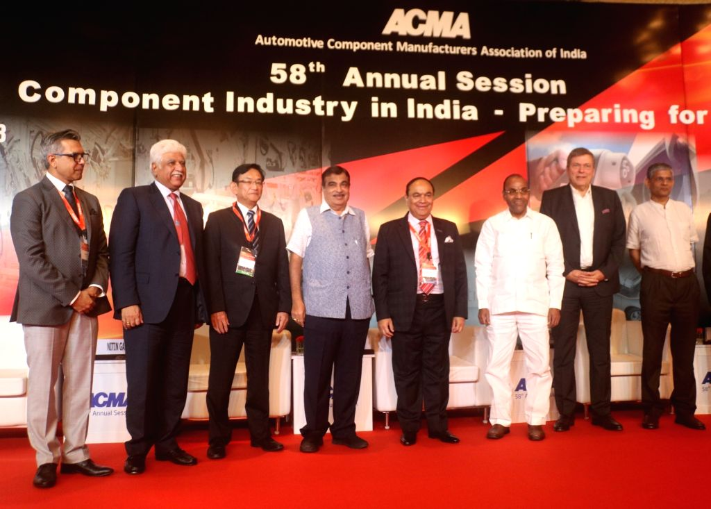Union Transport Minister Nitin Gadkari, Tata Motors CEO and Managing Director Guenter Butschek and other dignitaries at the 58th annual session of Automotive Component Manufacturers ... - Nitin Gadkari