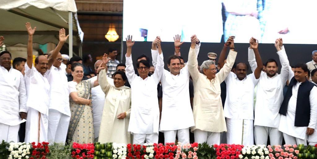 UPA chairperson Sonia Gandhi, Congress President Rahul Gandhi, Samajwadi Party supremo Akhilesh Yadav, BSP chief Mayawati, CPI-M General Secretary Sitaram Yechury,  RJD leader Tejashwi ... - H., Sitaram Yechury, Sonia Gandhi, Rahul Gandhi, Akhilesh Yadav and Tejashwi Yadav
