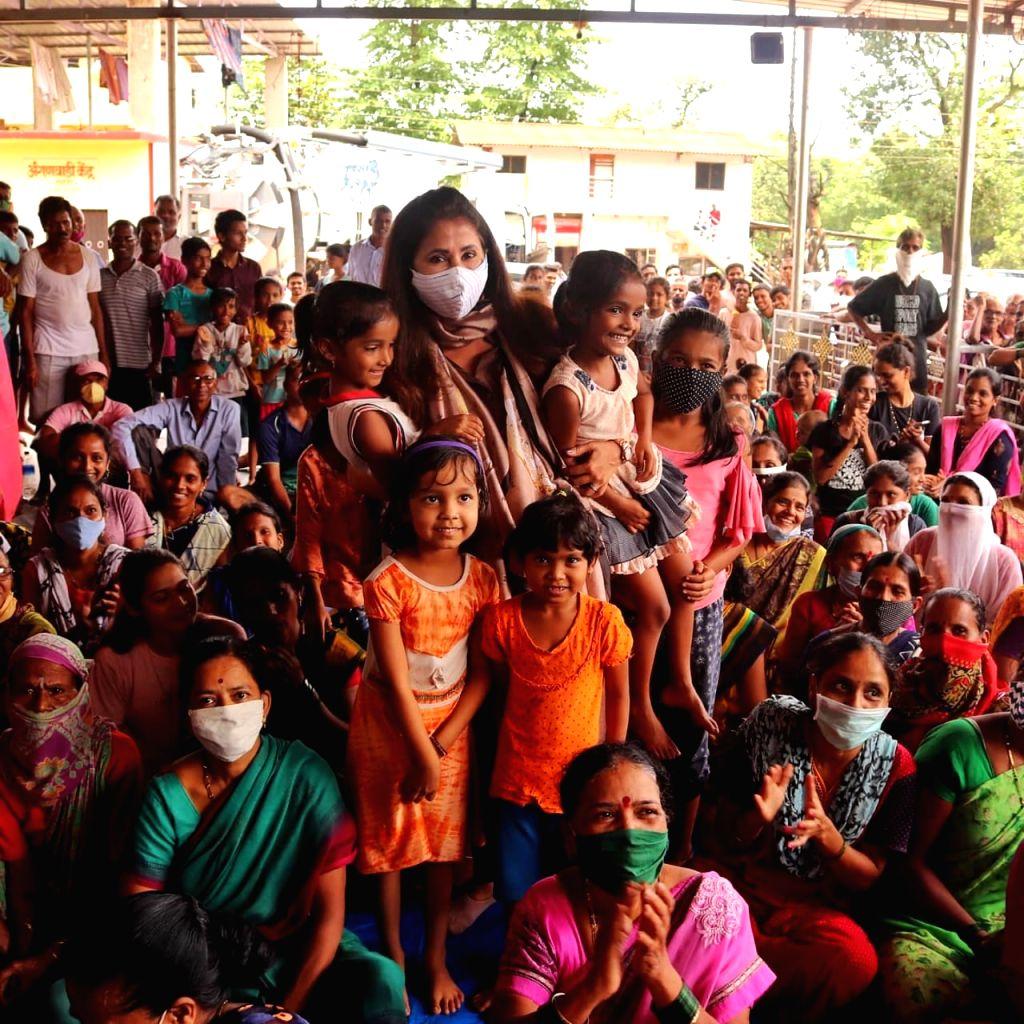 URMILA MATONDKAR spreads radiance in gloomy flood-ravaged villages of Raigad & Ratnagiri