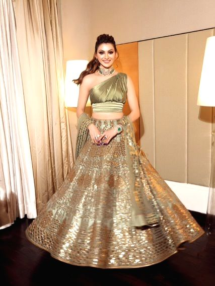 Urvashi Rautela makes ethnic statement in leather at Neha Kakkar's wedding.