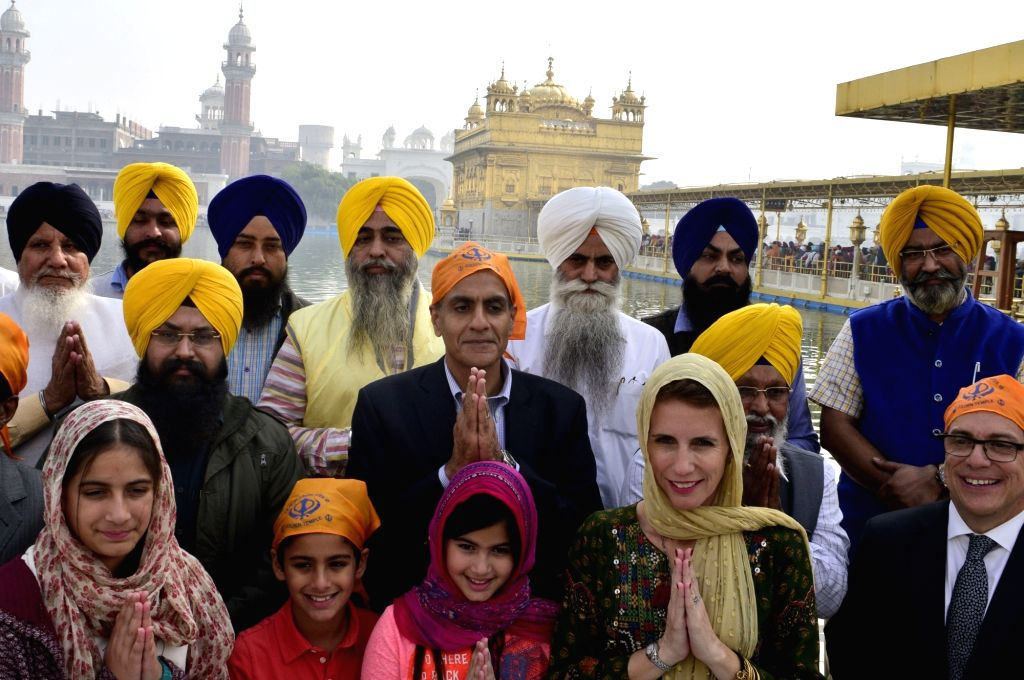 US Ambassador to India Richard Verma pays obeisance at the Golden Temple in Amritsar on Nov 23, 2016. - Richard Verma