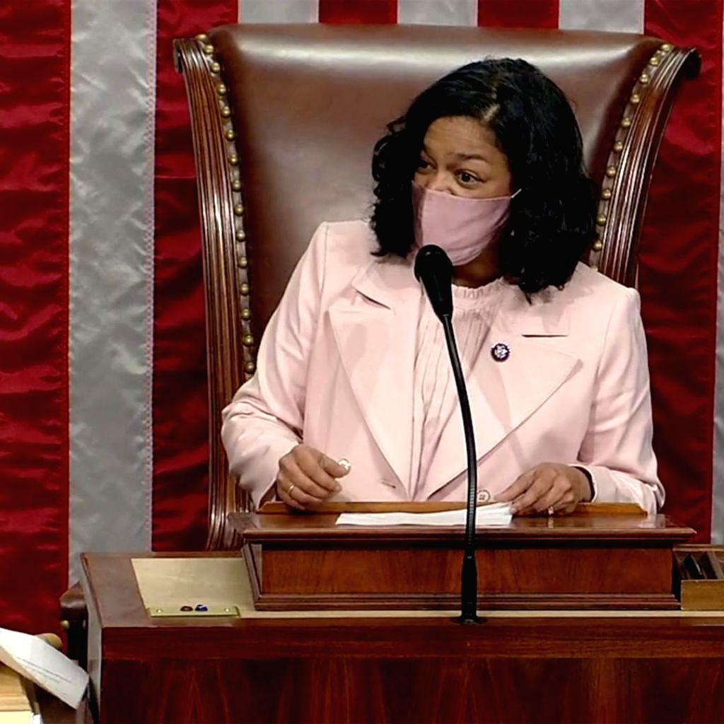 US House Representative Pramila Jayapal(photo:instagram)