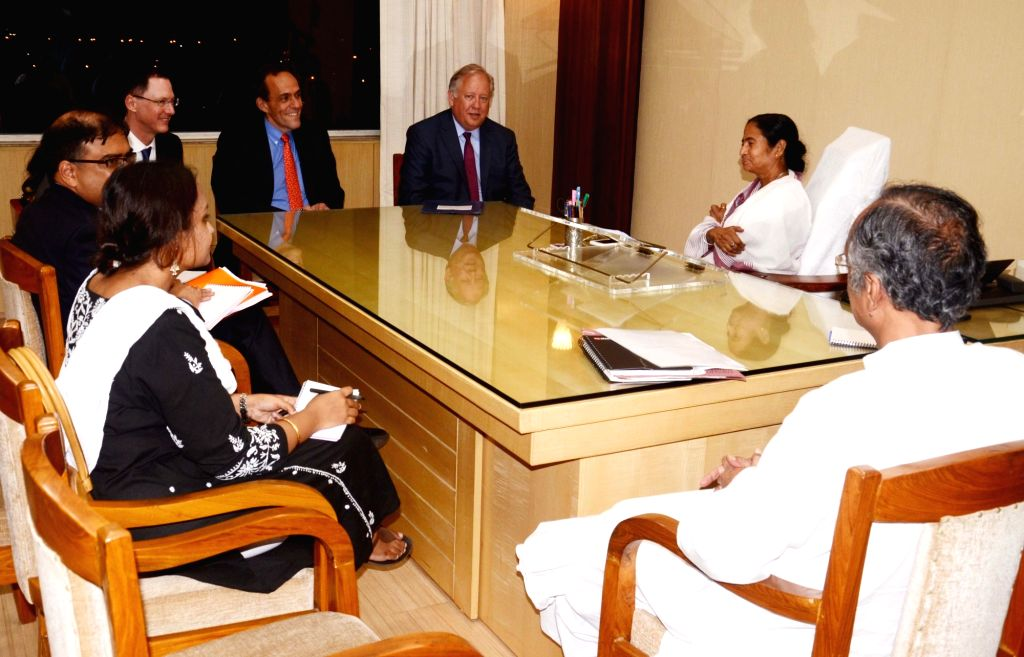 US Under Secretary for Political Affairs Thomas A Shannon calls on the West Bengal Chief Minister Mamata Banerjee at Nobanno in Howrah on June 30, 2016. - Mamata Banerjee
