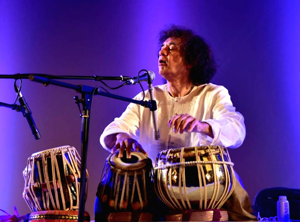 Ustad Zakir Hussain set the stage on fire with a mesmerising performance.