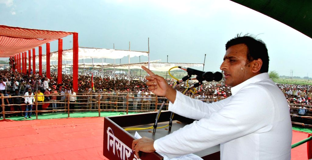 Uttar Pradesh Chief Minister Akhilesh Yadav campaigns for Samajwadi Party candidate from Mainpuri parliamentary constituency, Tej Pratap Yadav in Mainpuri, Uttar Pradesh on Sept 10, 2014.