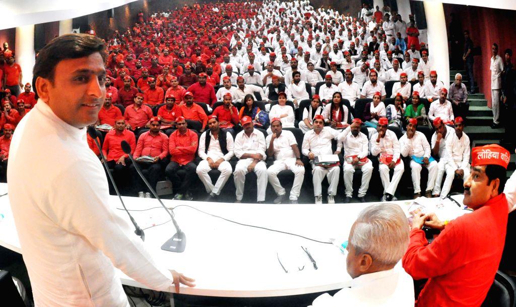 Uttar Pradesh Chief Minister Akhilesh Yadav addresses during a programme in Lucknow on July 18, 2016. - Akhilesh Yadav