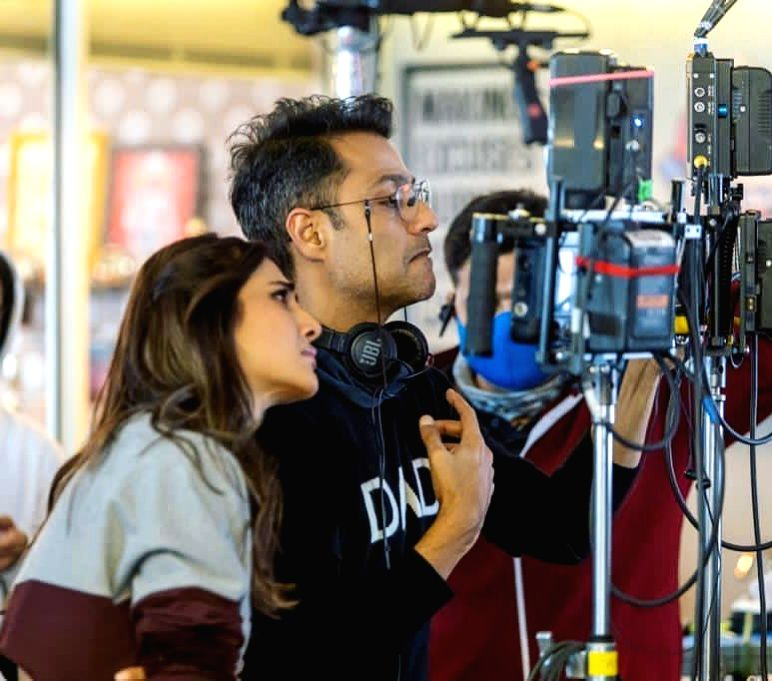 Vaani Kapoor grateful that her director Abhishek Kapoor loves her work. - Abhishek Kapoor and Vaani Kapoor
