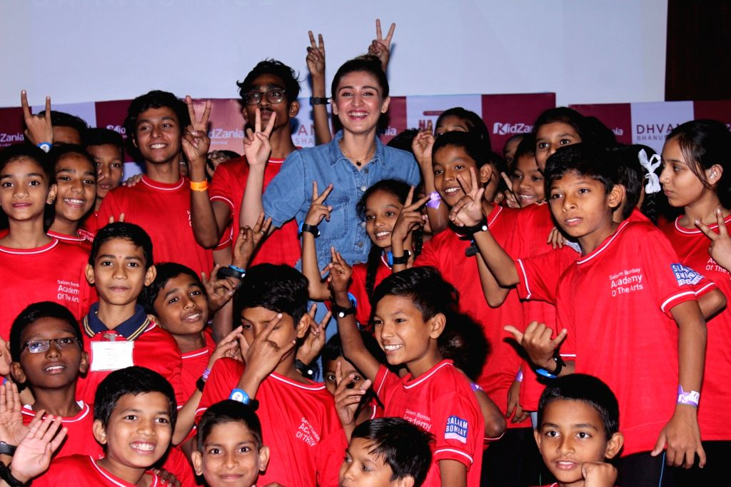 """Vaaste"""" fame singer Dhvani Bhanushali on Wednesday met a bunch of  underprivileged children in Mumbai. KidZania, a global edutainment theme park for families, along with Salaam Bombay ..."""