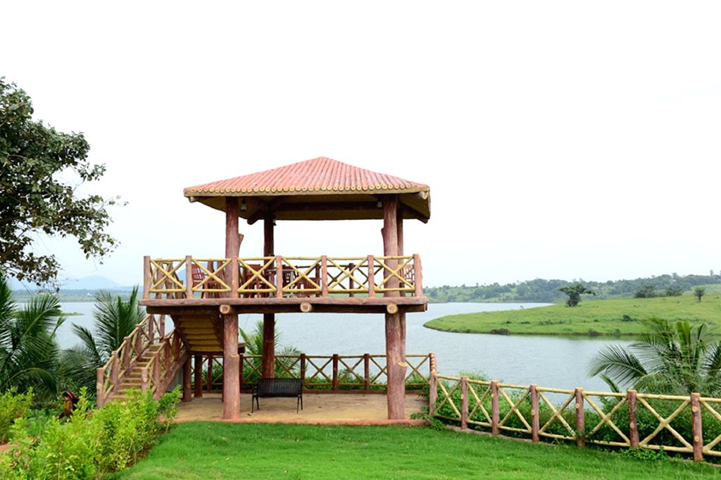 Valentine's Day is here and if youre looking to escape with loved one's, then why not consider the best romantic getaways in India? Well, this time it's falling on Friday, which means that you can whisk away the entire weekend to explore some of the