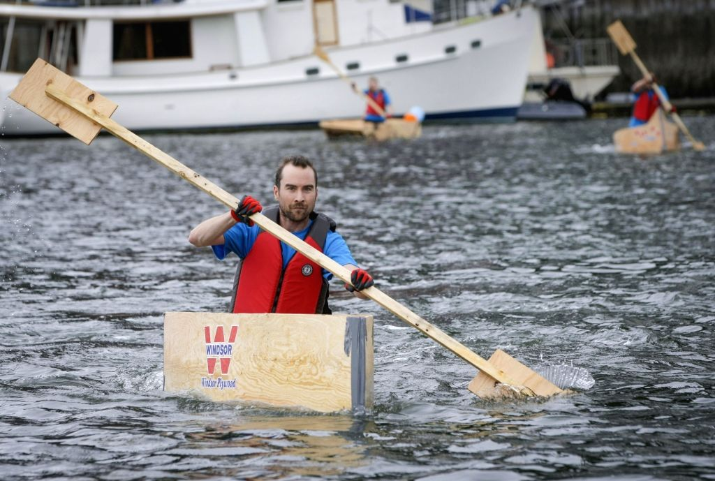 VANCOUVER, June 18, 2017 - A competitor paddles on water during the 20th Plywood Cup Challenge in Vancouver, Canada, June 17, 2017. The Plywood Cup Challenge is a fun charity event that participants ...